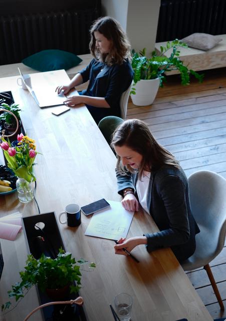 10 pomysłów na organizację pracy biurowej